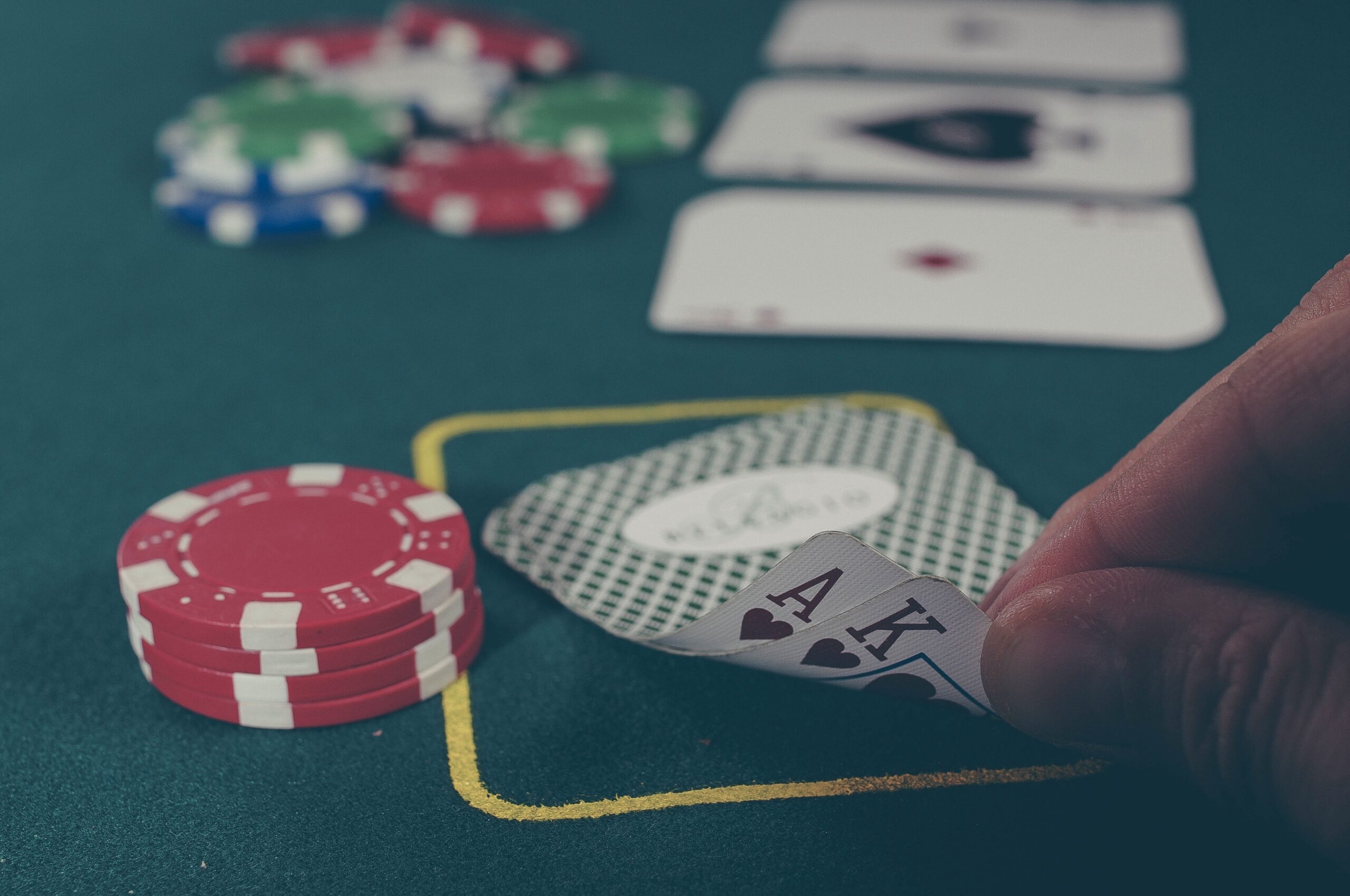 Famous online poker myths we hear about everyday